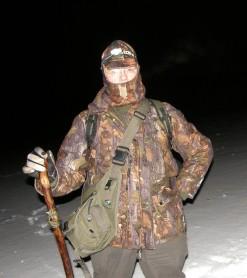 BWM in heroic 'Polar Explorer' pose.  Note the smart new balaclava.